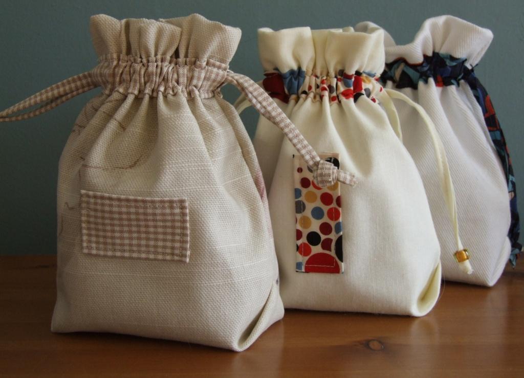 Сшить подарочный мешочек своими руками из